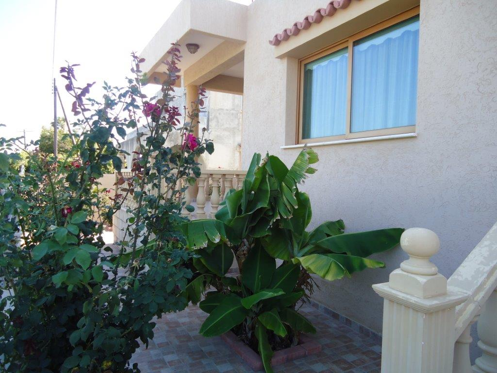 3 bed fully furnished house in Episkopi