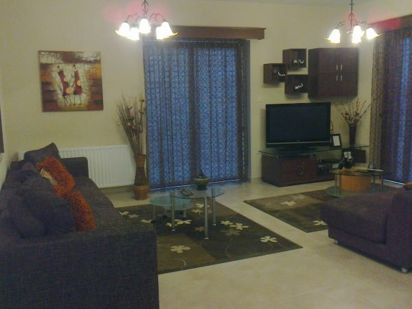 luxury 5 bedroom house in Tsada long term