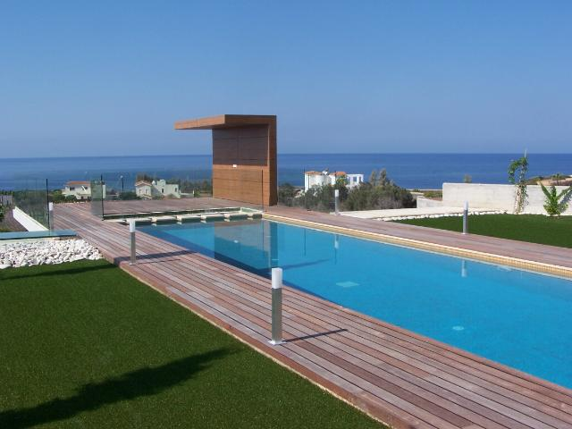 Luxury villa for long term rent in Sea Caves
