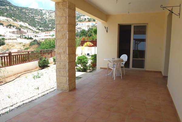 3 bedroom unfurnished Villa for rent in Peyia