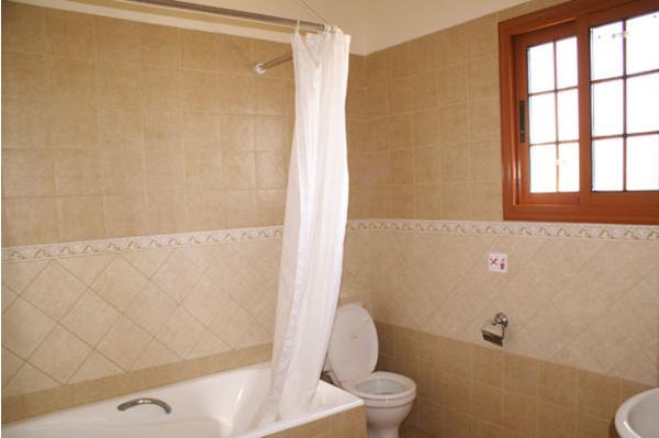 Luxury House in Peyia long term rentals