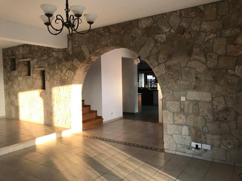 Cosy 4 bedroom villa in Kissonerga