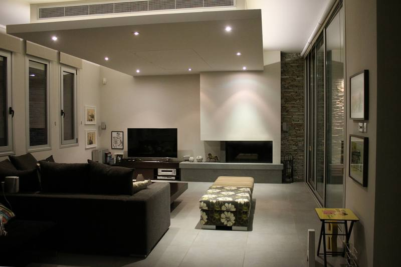 Luxury modern 4 bed house for long term rent