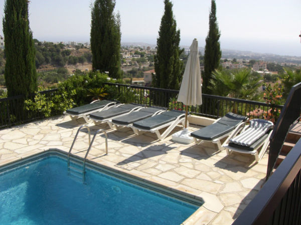 Large detached villa for sale in Tala