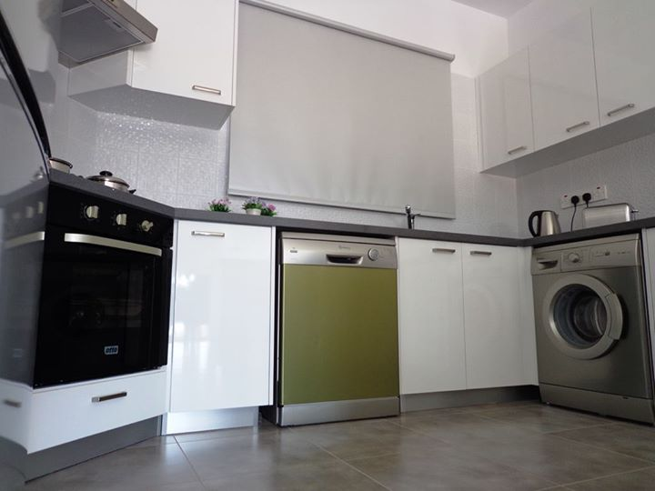 Luxury 3 bed in venus rock long term rent