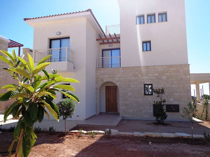 3 bed luxury villa in secret valley long term