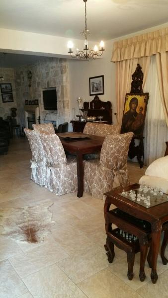 4 bedroom detached for long term rent