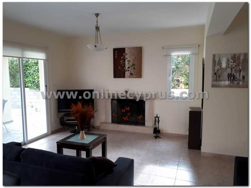 2 bed detached fully furnished close to sea