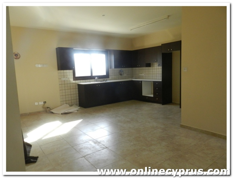 Modern Detached Bungalow for rent in Zygi