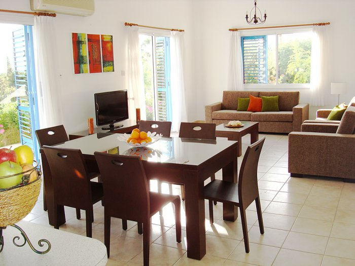 Villa For Rent in Sea Caves