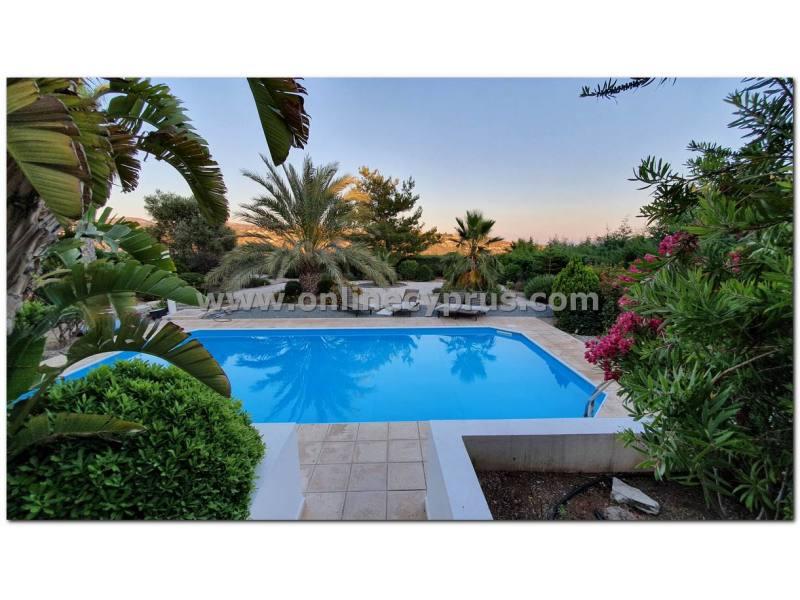 A luxury four bedroom villa in secret valley