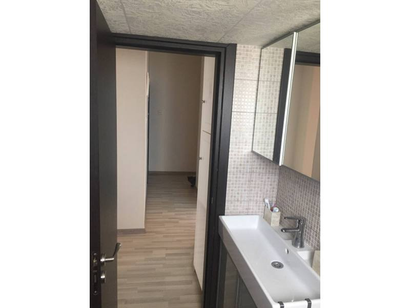 Larnaca center, 2 bedrooms, all rooms separate, balcony
