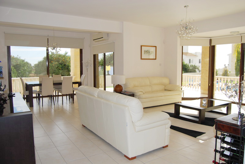 Luxury villa for long term rent in St George with pool