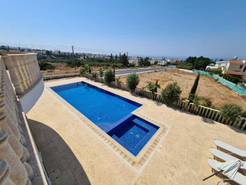 Luxury villa for long term rentals