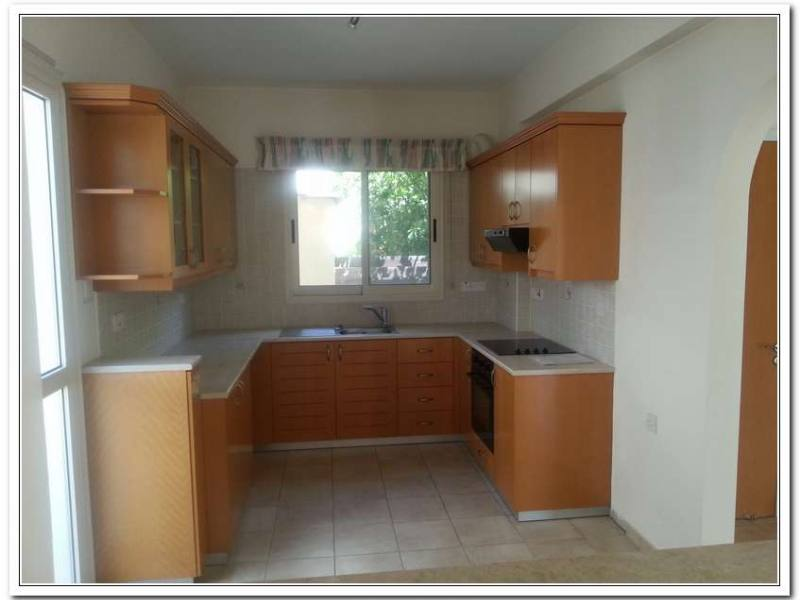 Lovely house for rent in Empa
