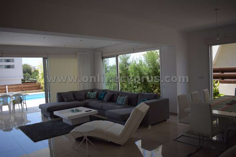Modern Luxury furnished villa for rent in Konia