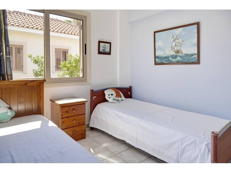 Villa 2 minutes from the sea in the Meneou