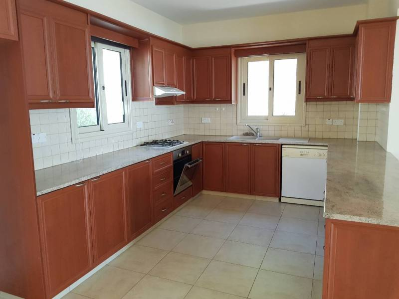 3 bedroom villa in Tala with amazing view for long term rental