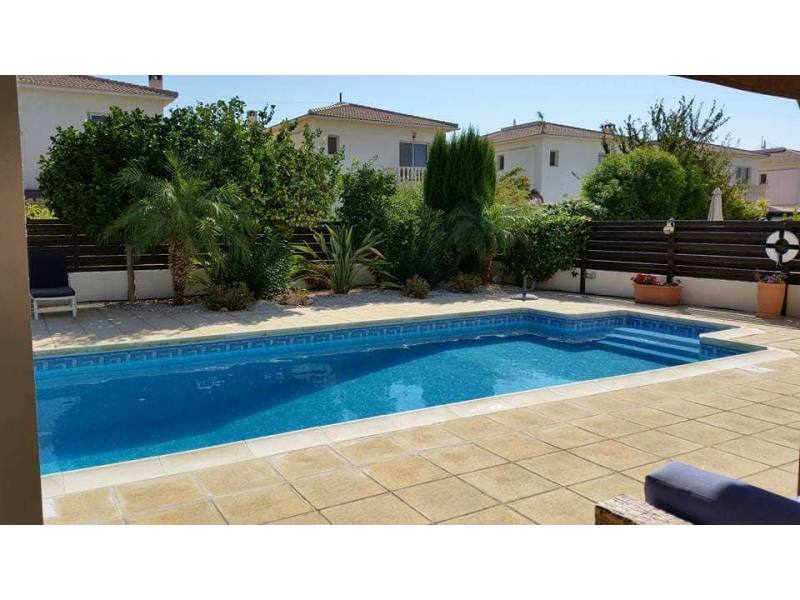 Furnished villa for rent in Mandria