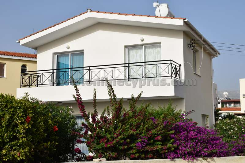 Detached 3 bedroom house in Peyia