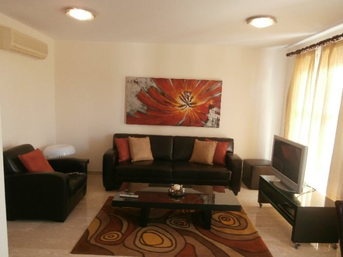 2 bedroom flat for sale in Aphrodite hills