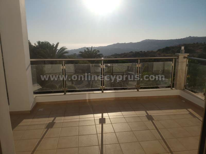 Brand new furnished villa for long term rent