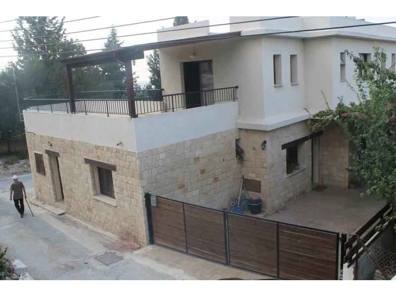 Three bedroom villa with private pool, in Stroumbi village