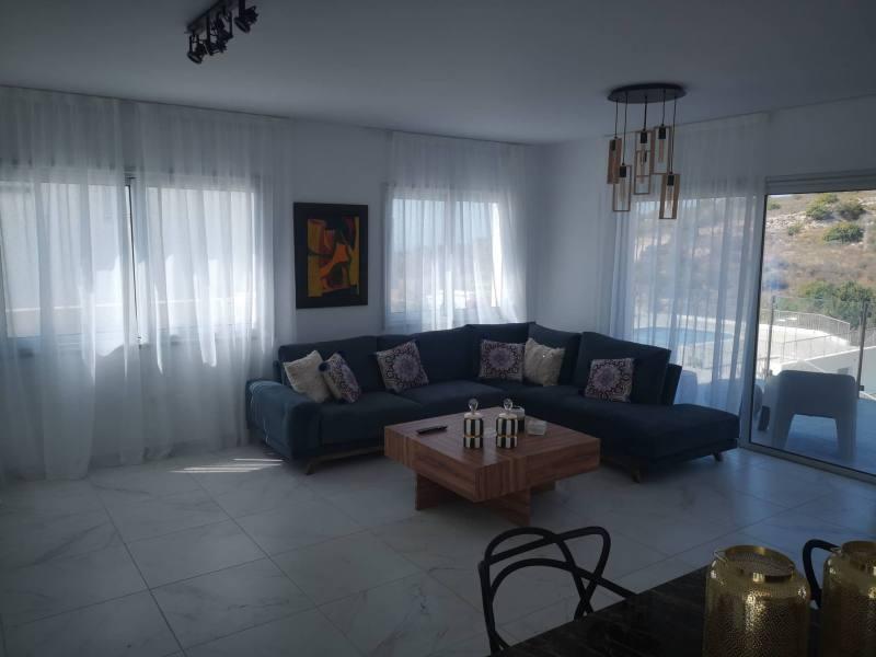3 or 4 bedroom villas Tala