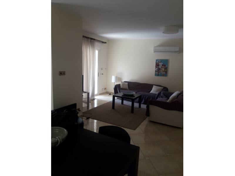 2 bedroom furnished in Universal area
