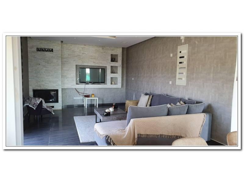 Modern house for long term rent