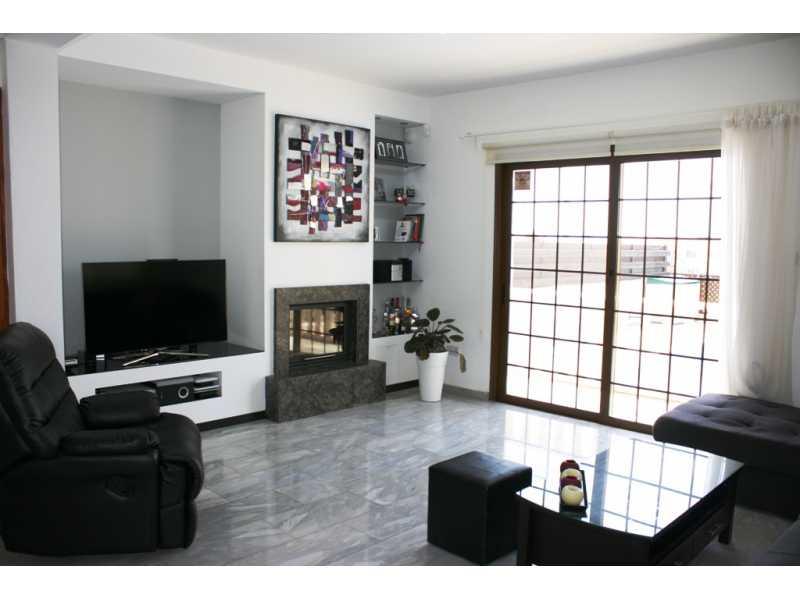 Furnished 3 bedroom villa in Peyia