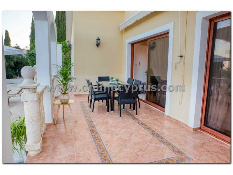 Furnished 3 bedroom villa with amazing view