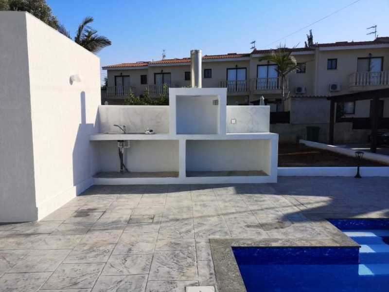 Brand new bungalow for long term rent