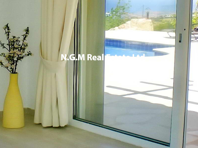 Luxury 3 bedroom villa with private infinity pool & panorama sea view