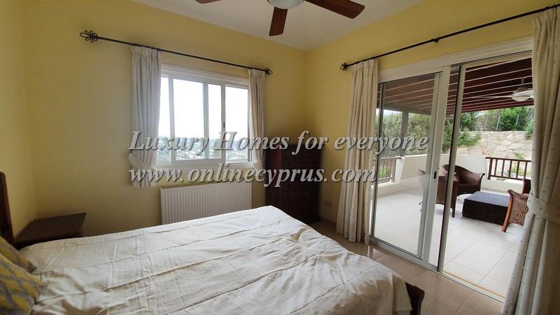 3 Bedroom furnished villa in Kamares