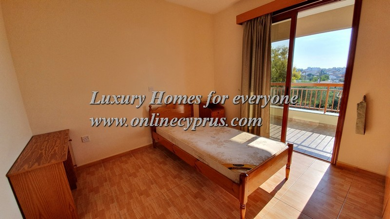 2 bed furnished apartment