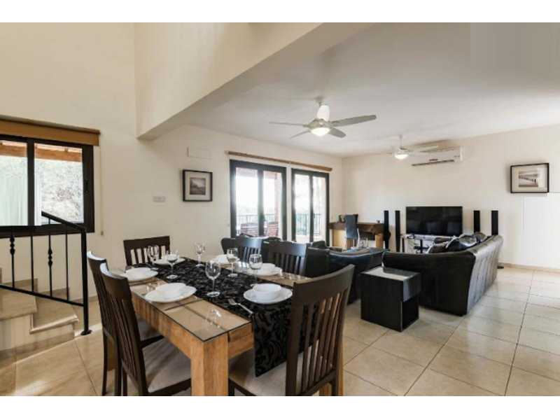 Furnished 5 bedroom villa for long term rentals
