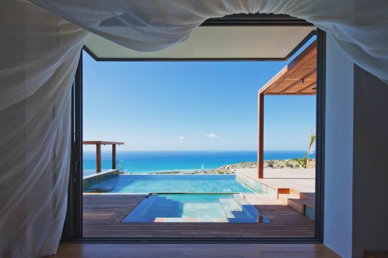 3 bed luxury modern villa plus studio