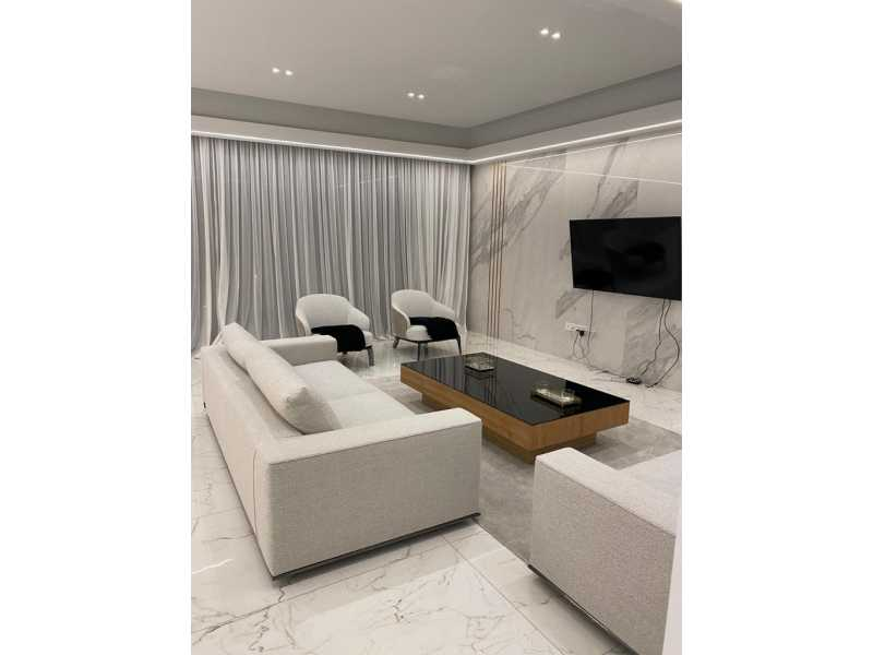 Luxury penthouse for long term rent