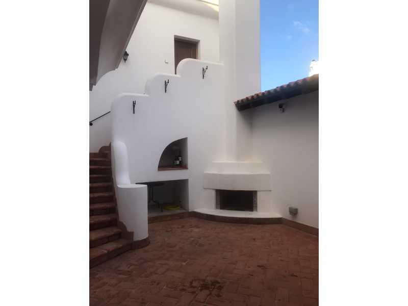 Spacious villa in Tsada