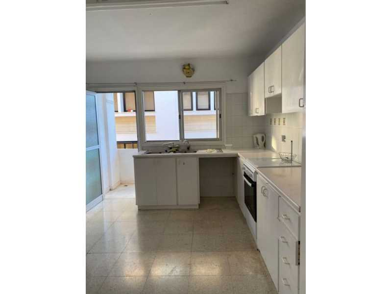3 bedroom apartment for long rent in Paphos Center