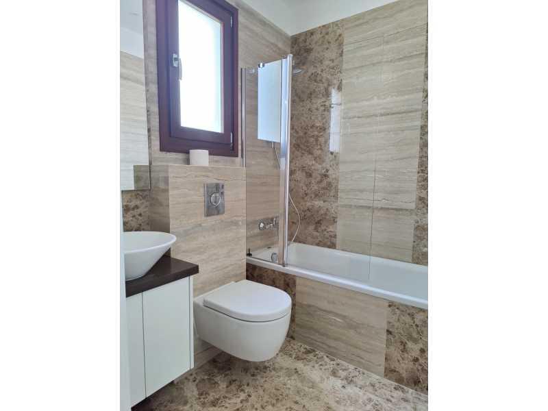 4 bed villa for long term rent