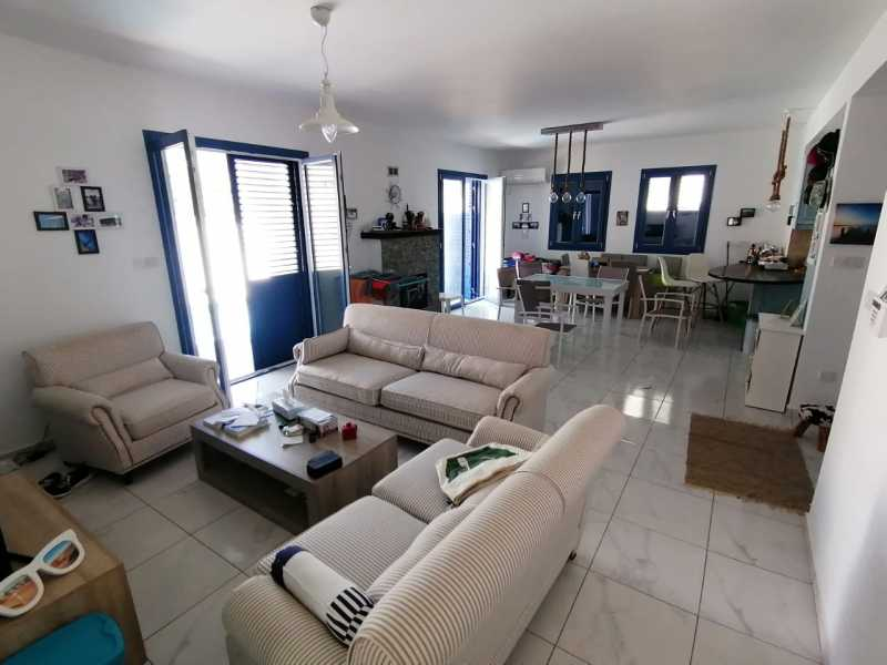 3 bed Furnished villa in Mesa Chorio