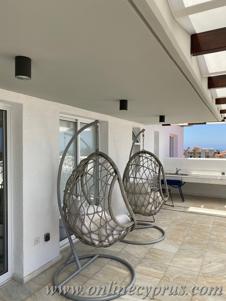 Penthouse for quick sale