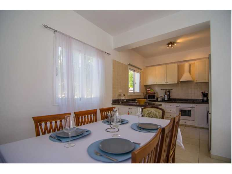 Spacious villa in Saint george for Long term rent