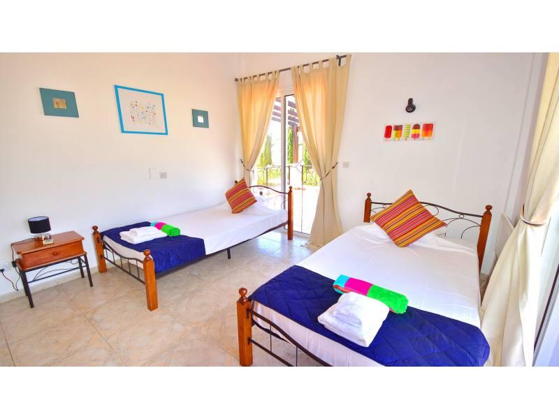 3 bedroom detached villa for mid term rent