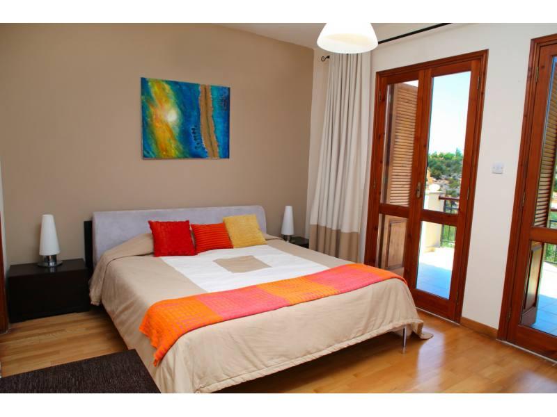 4 bedroom detached luxury villa for rent in Aphrodite hills