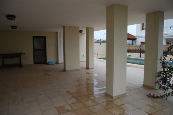 5 bedroom Detached house in Emba