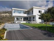 Unique modern design property for rent