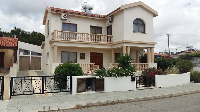 3 bed Furnished villa for rent in Tala